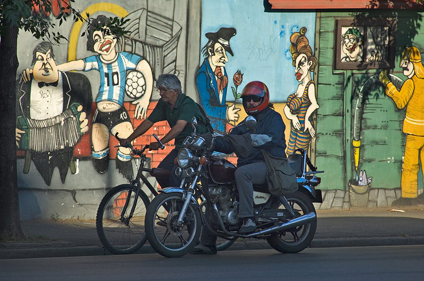 Unequal Races, San-Telmo, Buenos Aires - Buenos-Aires-Murals-and-Walls-Argentina - Mike Reyfman Photography