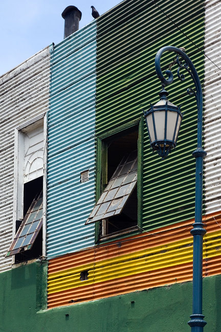 Old Walls. Calle Caminito , La Boca, Buenos Aires - Buenos-Aires-Murals-and-Walls-Argentina - Mike Reyfman Photography