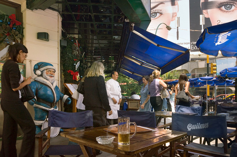 To Drink Beer in the Hot Afternoon. Avenida 9-th de Julio, Buenos Aires, Argentina. - Buenos-Aires-People-City-Places-Argentina - Mike Reyfman Photography