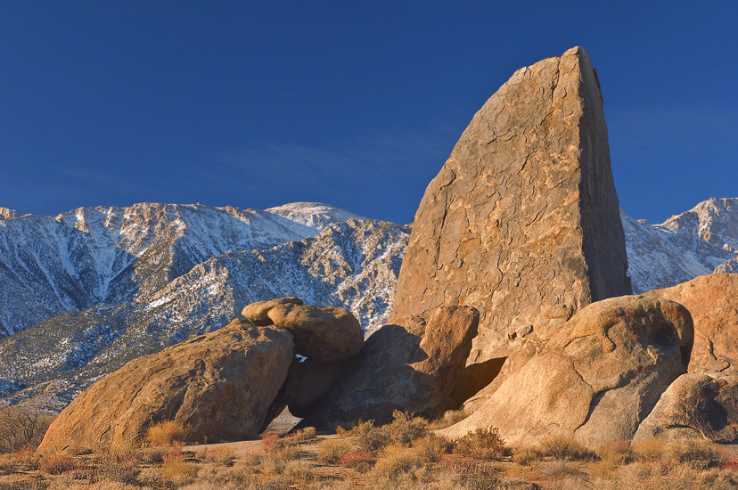 Sail Rock. Movie Flat Road. Alabama Hills near Lone Pine. Eastern Sierra, California, USA. - Alabama-Hills-Eastern-Sierra - Mike Reyfman Photography