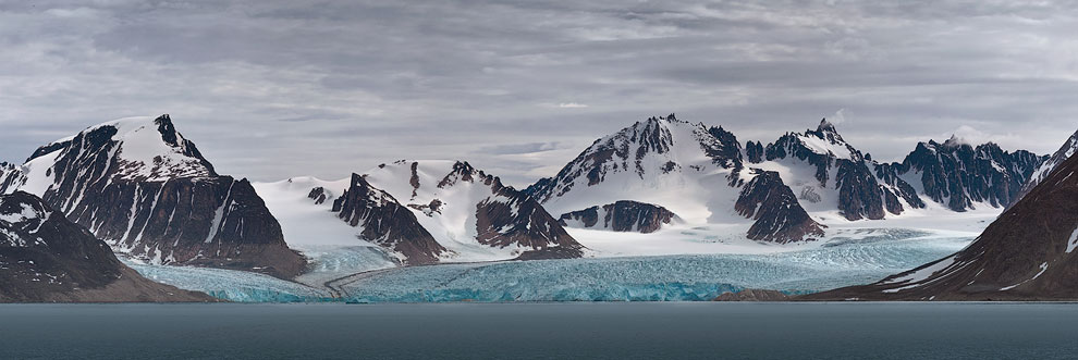 Mountains and Glaciers. Magdalenefjorden, Svalbard (Spitsbergen) Archipelago, Norway.