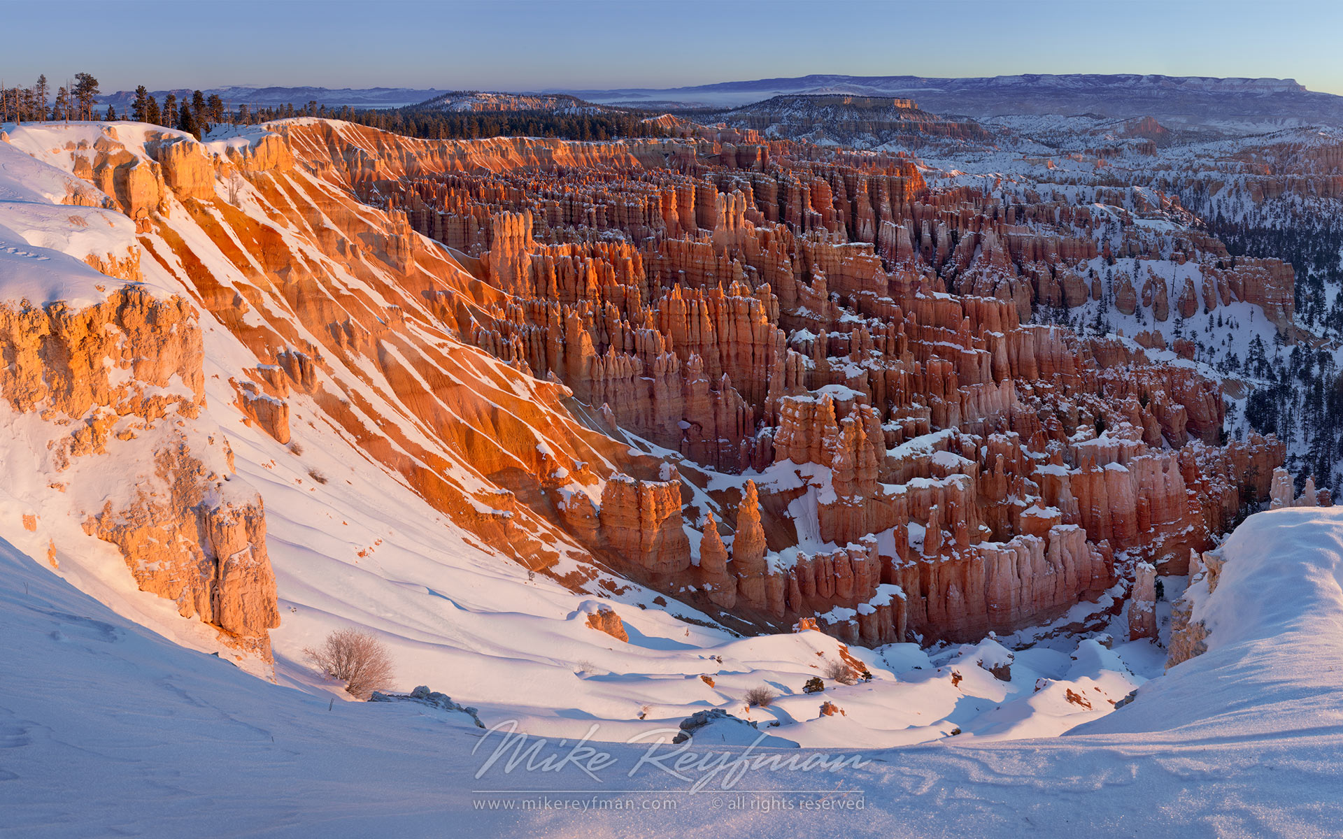 Winter Morning at Inspiration Point. Bryce Canyon National Park, Utah, USA. - Bryce-Canyon-National-Park-Utah-USA - Mike Reyfman Photography