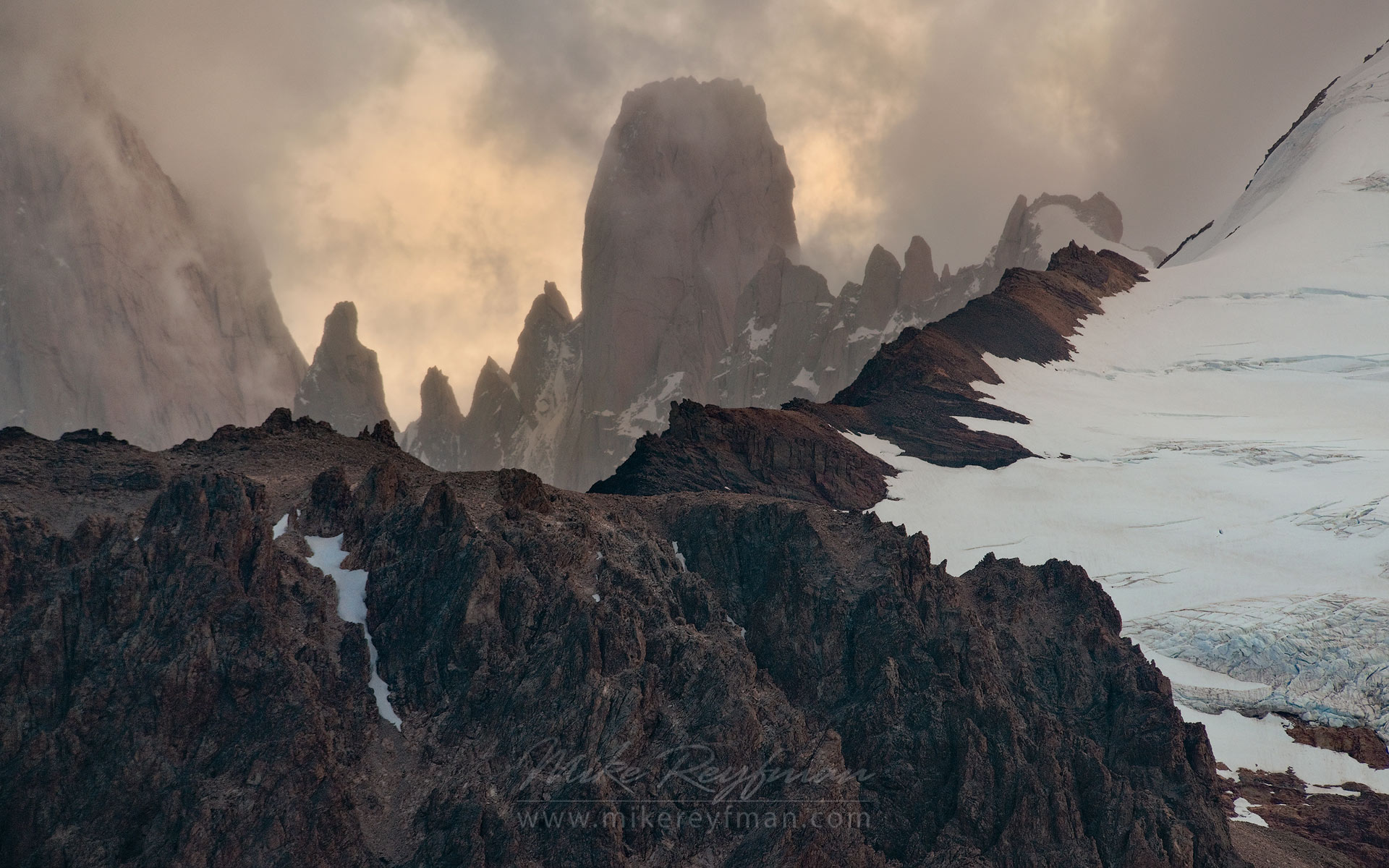 Another windy day in Cordilleras. The ridge between Mermoz and Fitzroy. Patagonian Andes, Santa Cruz, Argentina. - Fitzroy-Cerro-Torre-Perito-Moreno-Patagonia-Argentina - Mike Reyfman Photography