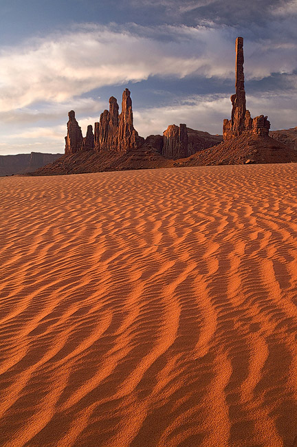 Totem Pole, Yei-Bi-Chei and dunes at sunrise. Monument Valley, Arizona, USA. - Monument-Valley-Agathla-Peak-El-Capitan-Owl-Church-Rock - Mike Reyfman Photography