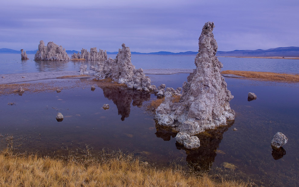 The blue mood. Mono Lake, Eastern Sierra, California, USA. - Gallery-1 - Mike Reyfman Photography