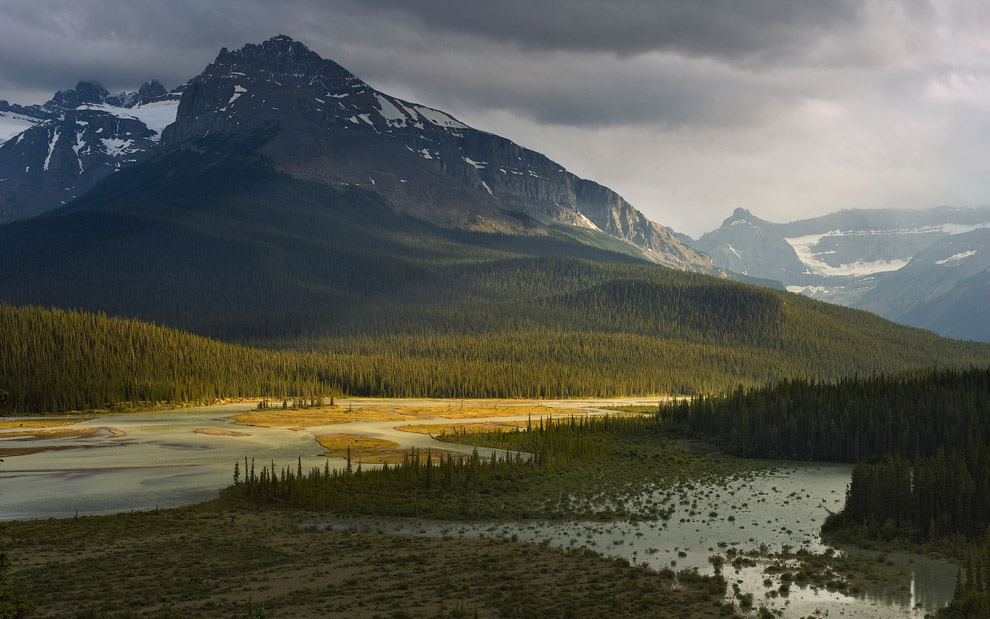 About Light. Howse Valley, Banff National Park, Alberta, Canada.  - Gallery-2 - Mike Reyfman Photography
