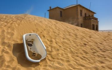 KN1-MR10N1058 Sands of Time. Kolmanskop Ghost town, Namib Desert, Southern Namibia.