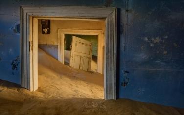 KN1-MR10N1356 Sands of Time. Kolmanskop Ghost town, Namib Desert, Southern Namibia.
