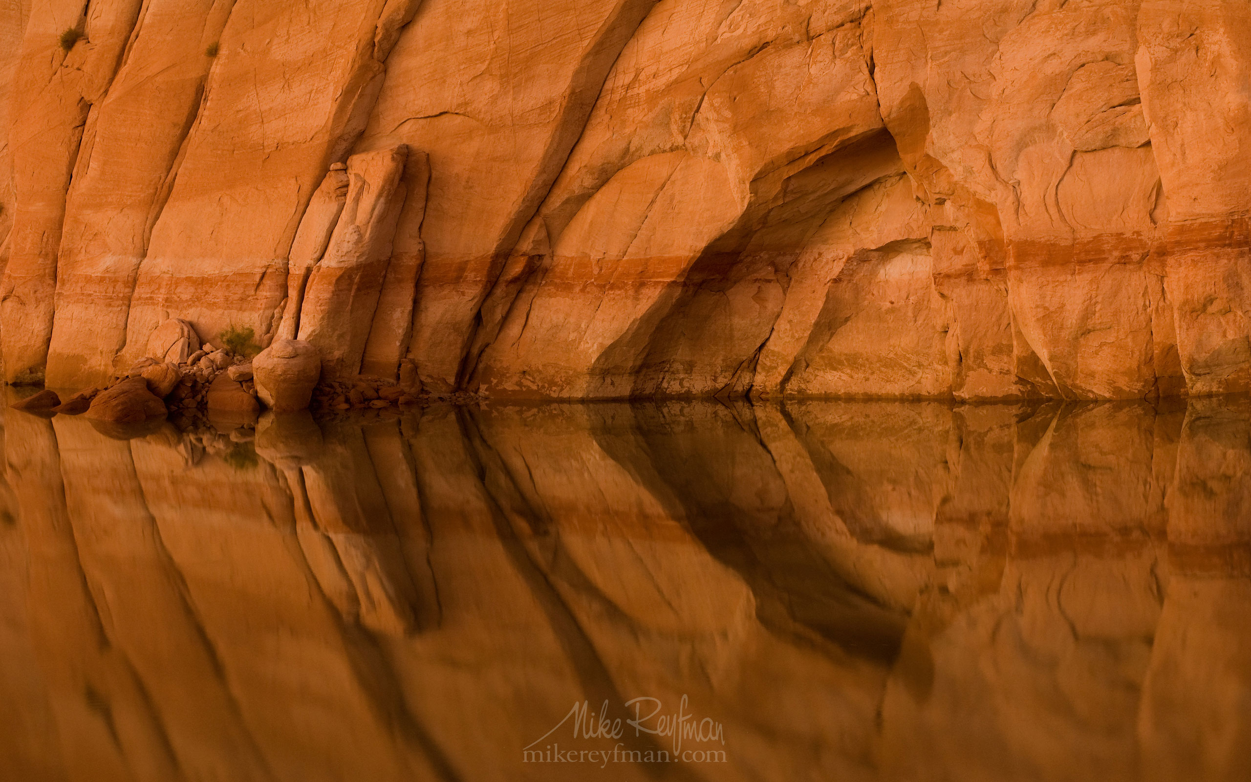 Lake Powell, Glen Canyon NRA, Utah/Arizona, USA. Aerial. 032-LP3_MR12247.jpg - Lake Powell, Glen Canyon NAR. Colorado and Sun Juan Rivers. Utah/Arizona, USA  - Mike Reyfman Photography