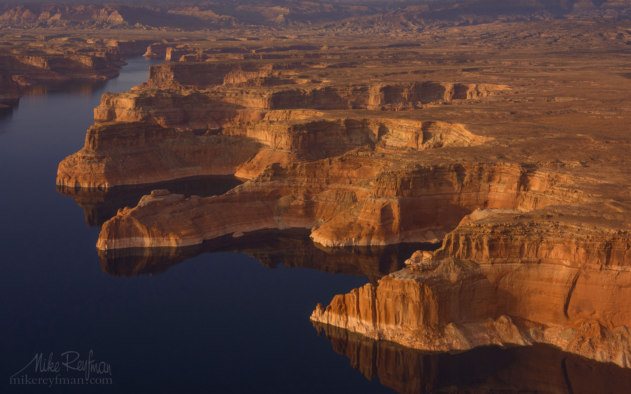 Lake Powell, Glen Canyon NRA, Utah/Arizona, USA. Aerial. 035-LP3_D8C9416.jpg - Lake Powell, Glen Canyon NAR. Colorado and Sun Juan Rivers. Utah/Arizona, USA  - Mike Reyfman Photography