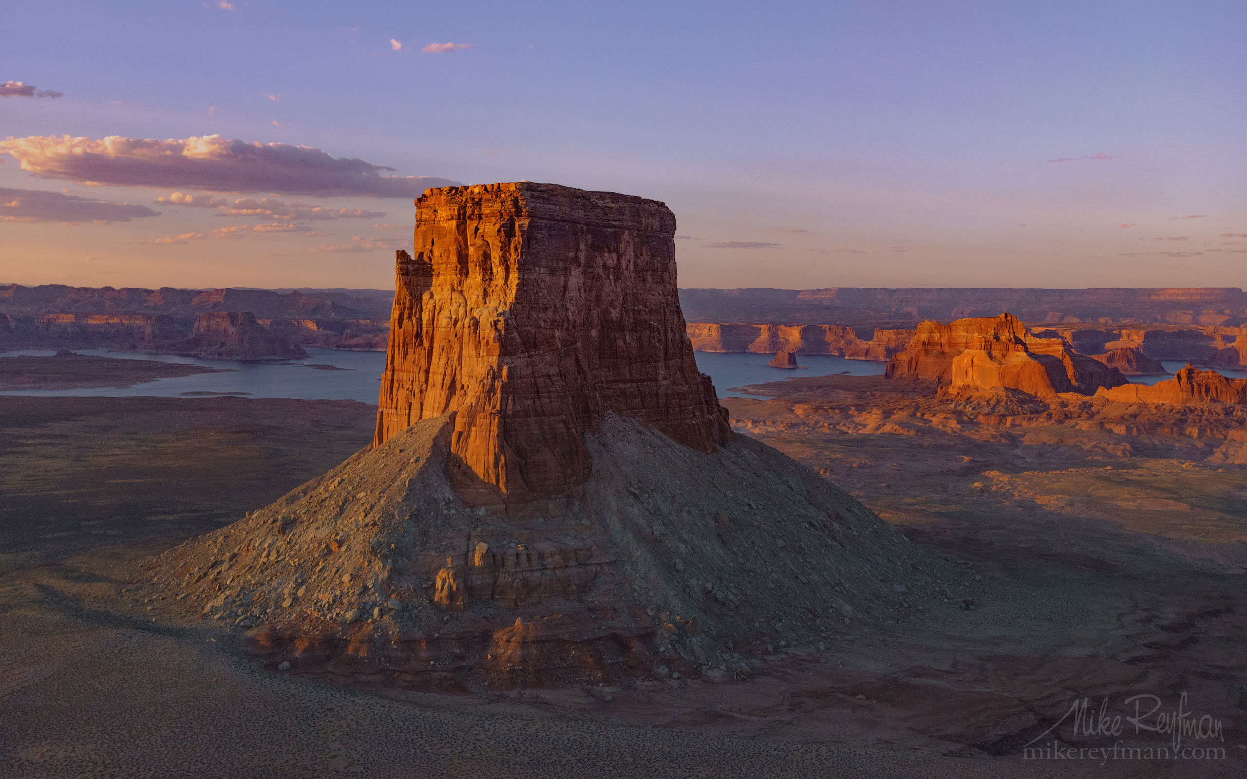 Tower Butte and Lake Powell. Glen Canyon NRA. Uta/Arizona, USA. 055-LP3_O3X5115.jpg - Lake Powell, Glen Canyon NAR. Colorado and Sun Juan Rivers. Utah/Arizona, USA  - Mike Reyfman Photography
