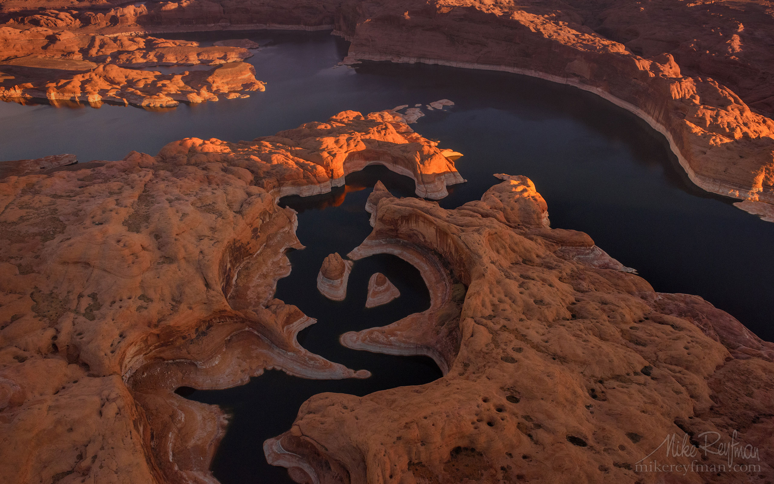 Reflection Canyon. Colorado River, Lake Powell, Glen Canyon NRA. Uta/Arizona, USA. Aerial 111-LP3_D1B9999_361.jpg - Lake Powell, Glen Canyon NAR. Colorado and Sun Juan Rivers. Utah/Arizona, USA  - Mike Reyfman Photography