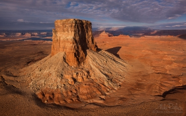 Tower-Butte-and-Lake-Powell.-Glen-Canyon-NRA.-Uta/Arizona,-USA.