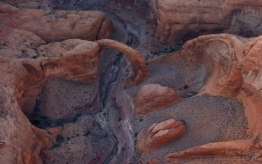 Rainbow-Bridge.-Forbidden-Canyon,-Lake-Powell,-Glen-Canyon-NRA.-Uta/Arizona,-USA.-Aerial