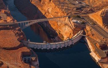 Glen-Canyon-Dam.-Lake-Powell,-Arizona,-USA.-Aerial.
