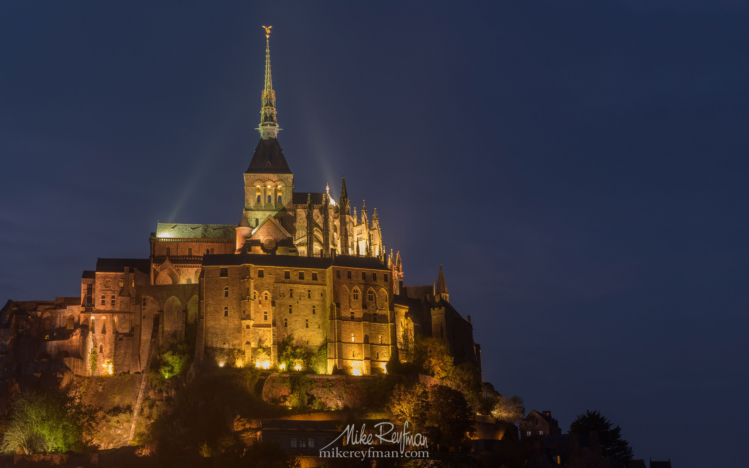 Le Mont-Saint-Michel Island and Benedictine Abbey. Normandy, France SM_MR50A1087 - Le Mont Saint Michel Island and Benedictine Abbey, Normandy, France - Mike Reyfman Photography