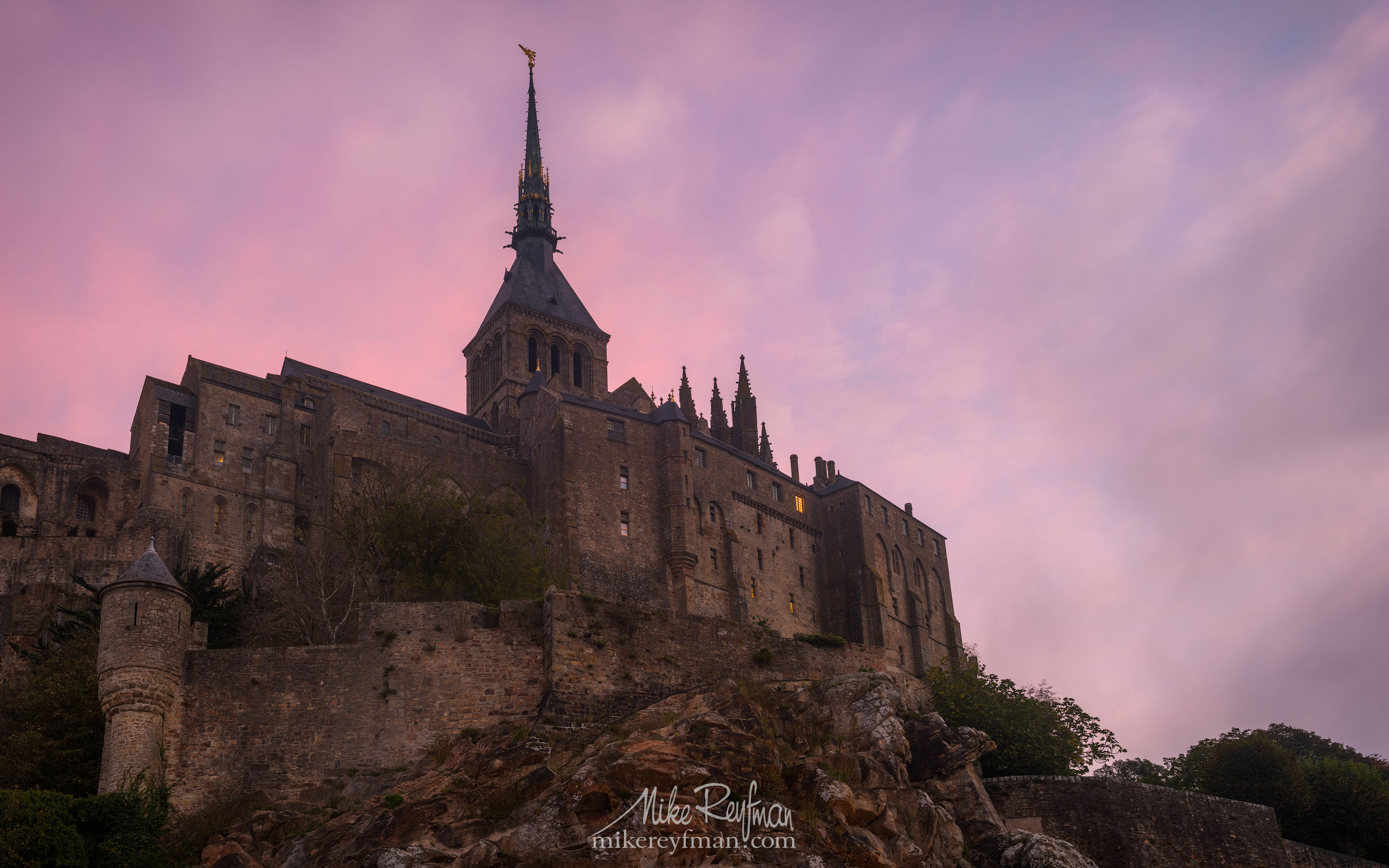 Le Mont-Saint-Michel Island and Benedictine Abbey. Normandy, France SM_MR50A1115 - Le Mont Saint Michel Island and Benedictine Abbey, Normandy, France - Mike Reyfman Photography