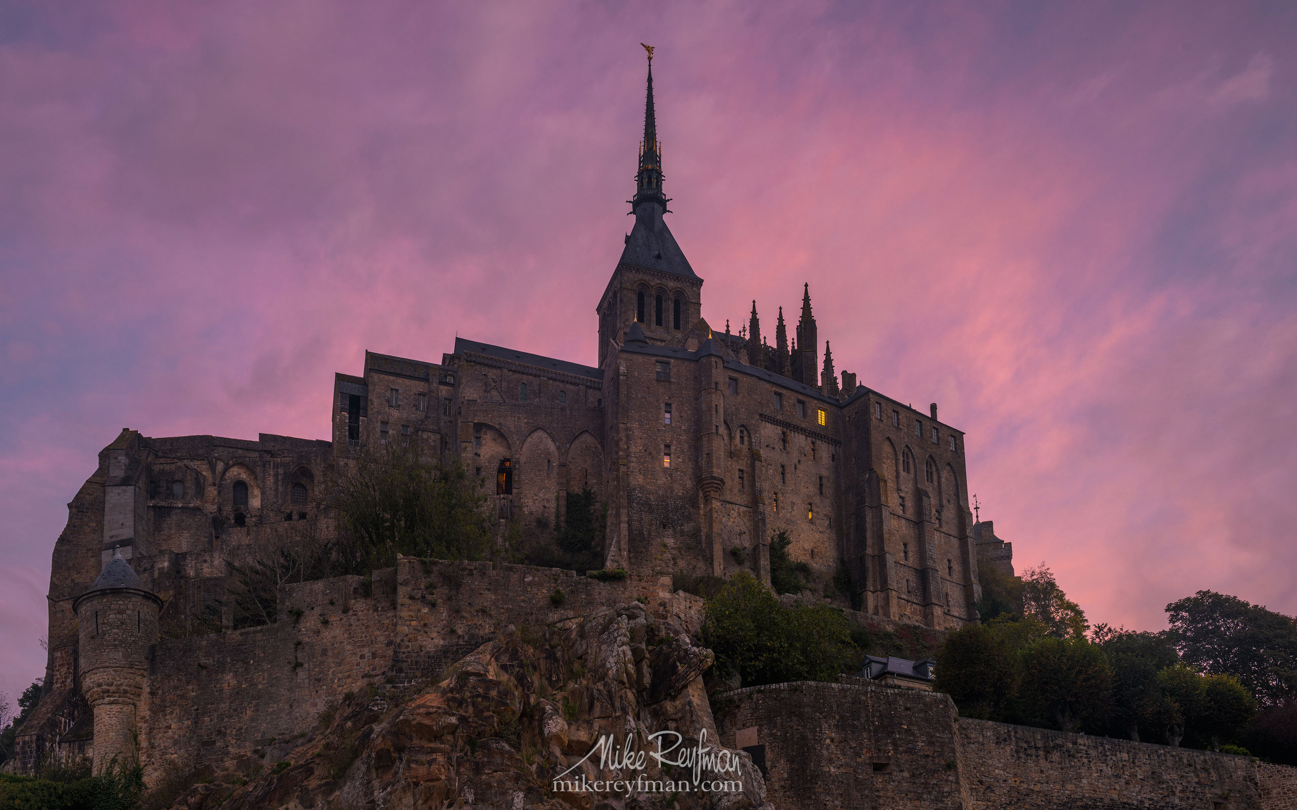Le Mont-Saint-Michel Island and Benedictine Abbey. Normandy, France SM_MR50A1118 - Le Mont Saint Michel Island and Benedictine Abbey, Normandy, France - Mike Reyfman Photography