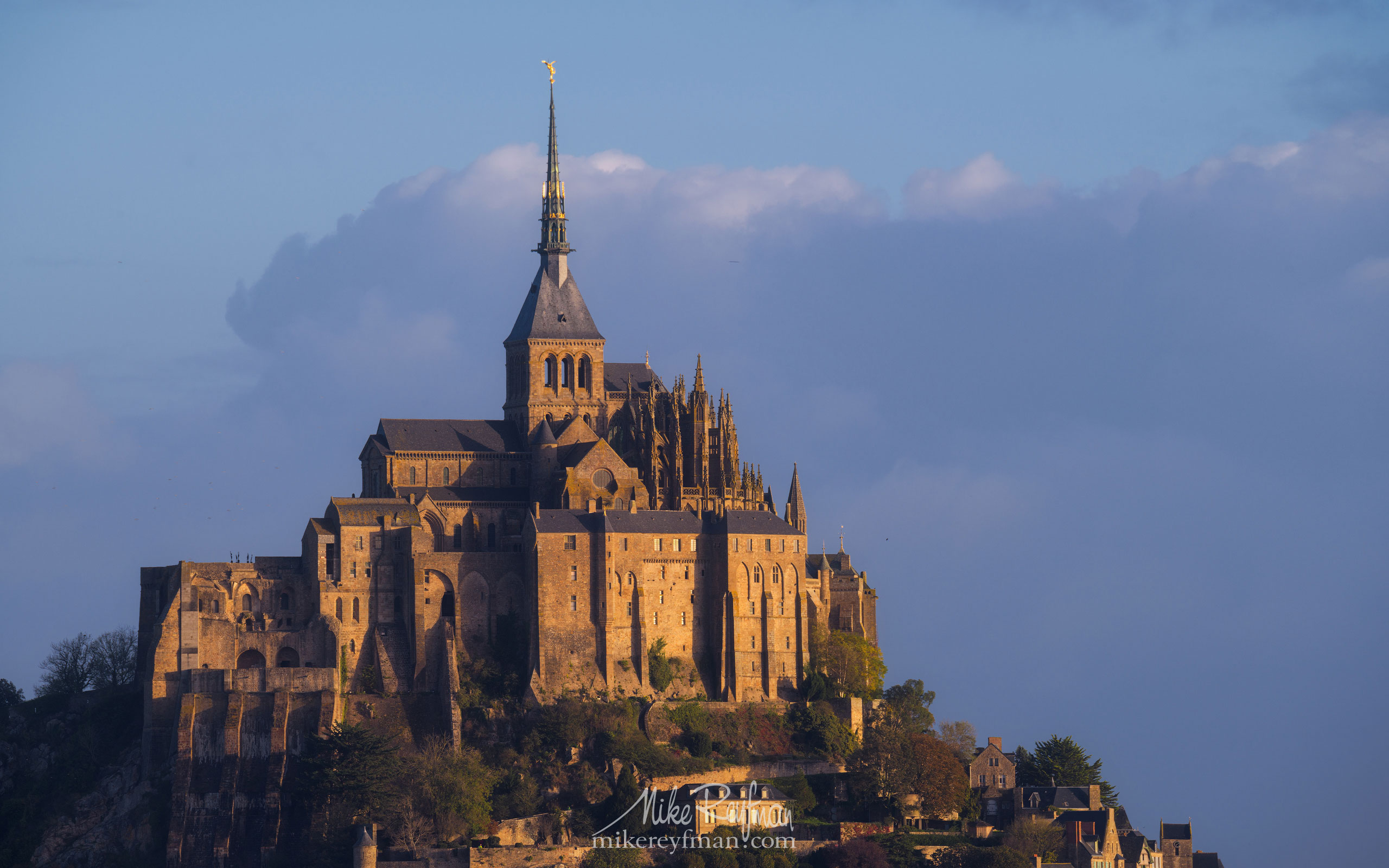 Le Mont-Saint-Michel Island and Benedictine Abbey. Normandy, France SM_MR50A1634 - Le Mont Saint Michel Island and Benedictine Abbey, Normandy, France - Mike Reyfman Photography