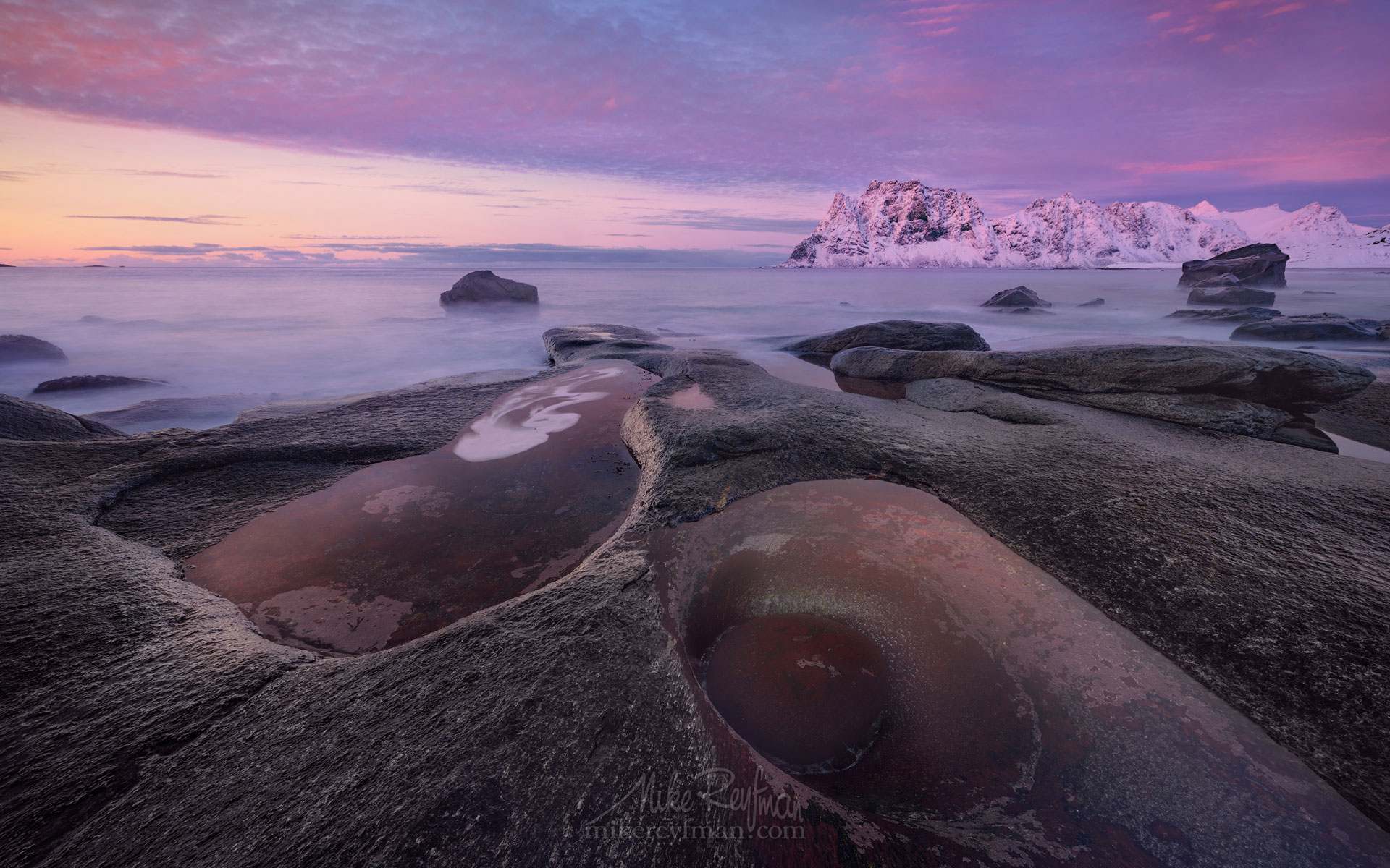 Arctic Avocado. Winter sunset at Uttakleiv Eye. Utakleiv beach, Vestvagoy, Lofoten Islands, Norway LF-MRD1E2398 - Lofoten Archipelago in Winter, Arctic Norway - Mike Reyfman Photography
