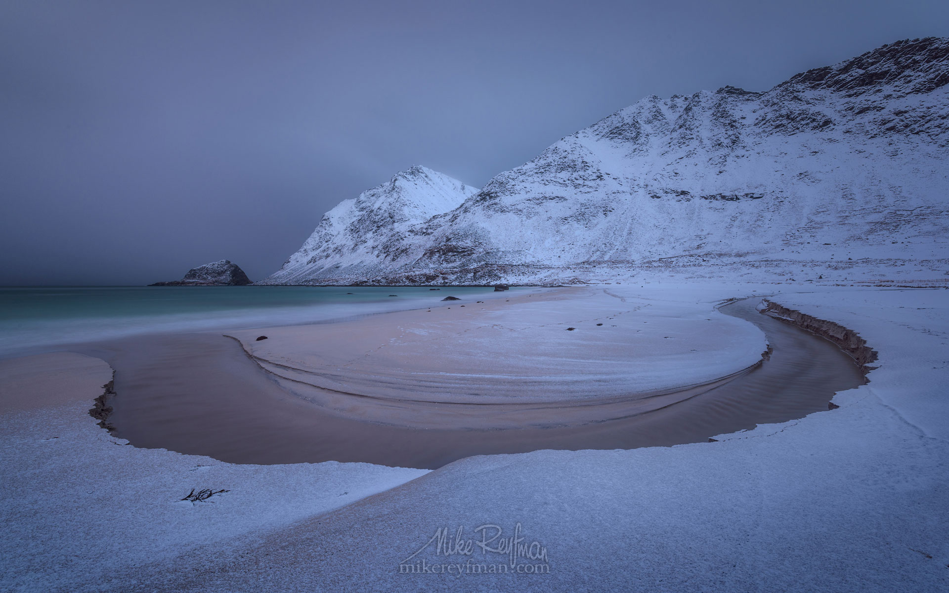Haukalnd beach in winter. Vestvagoy, Lofoten Islands, Norway LF-MRD1E1154 - Lofoten Archipelago in Winter, Arctic Norway - Mike Reyfman Photography