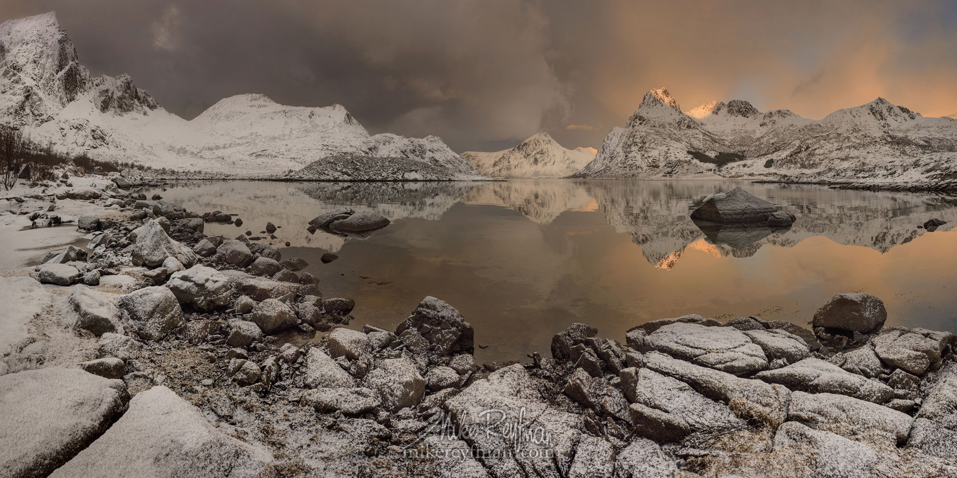 LF-MRD1E0503-9_Pano-2x1 - Lofoten Archipelago in Winter, Arctic Norway - Mike Reyfman Photography