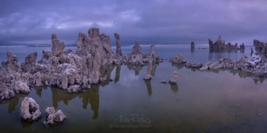 ML1-MRN3X0708-09-Pano Mono Lake, Tufa State Natural Reserve, Eastern Sierra, California, USA