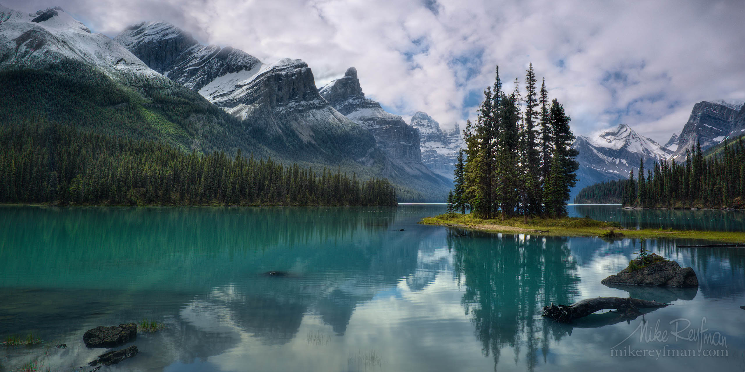 The Spirit Island. Maligne Lake, Jasper National Park, Alberta, Canada P12-MR27021-15 - Selected panoramic images with 2:1 aspect ratio - Mike Reyfman Photography