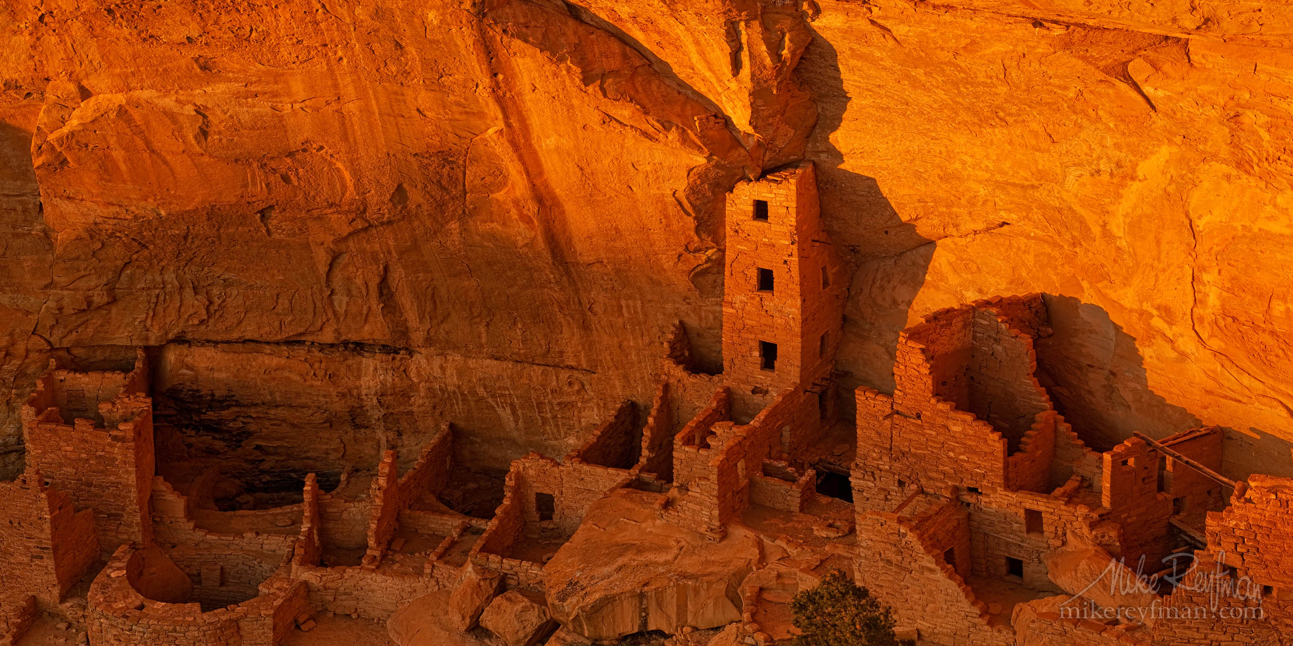 Square Tower House in warm reflected light. Mesa Verde National Park, Colorado P12-MRO3X7539 - Selected panoramic images with 2:1 aspect ratio - Mike Reyfman Photography