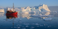 Spirit-of-Adventure.-Ilulissat-Icefjord,-Greenland-@-Midnight.-UNESCO-World-Heritage-Site.