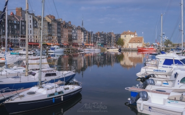 The-Vieux-Bassin-(old-harbor).-Honfleur,-Calvados,-Normandy,-France.