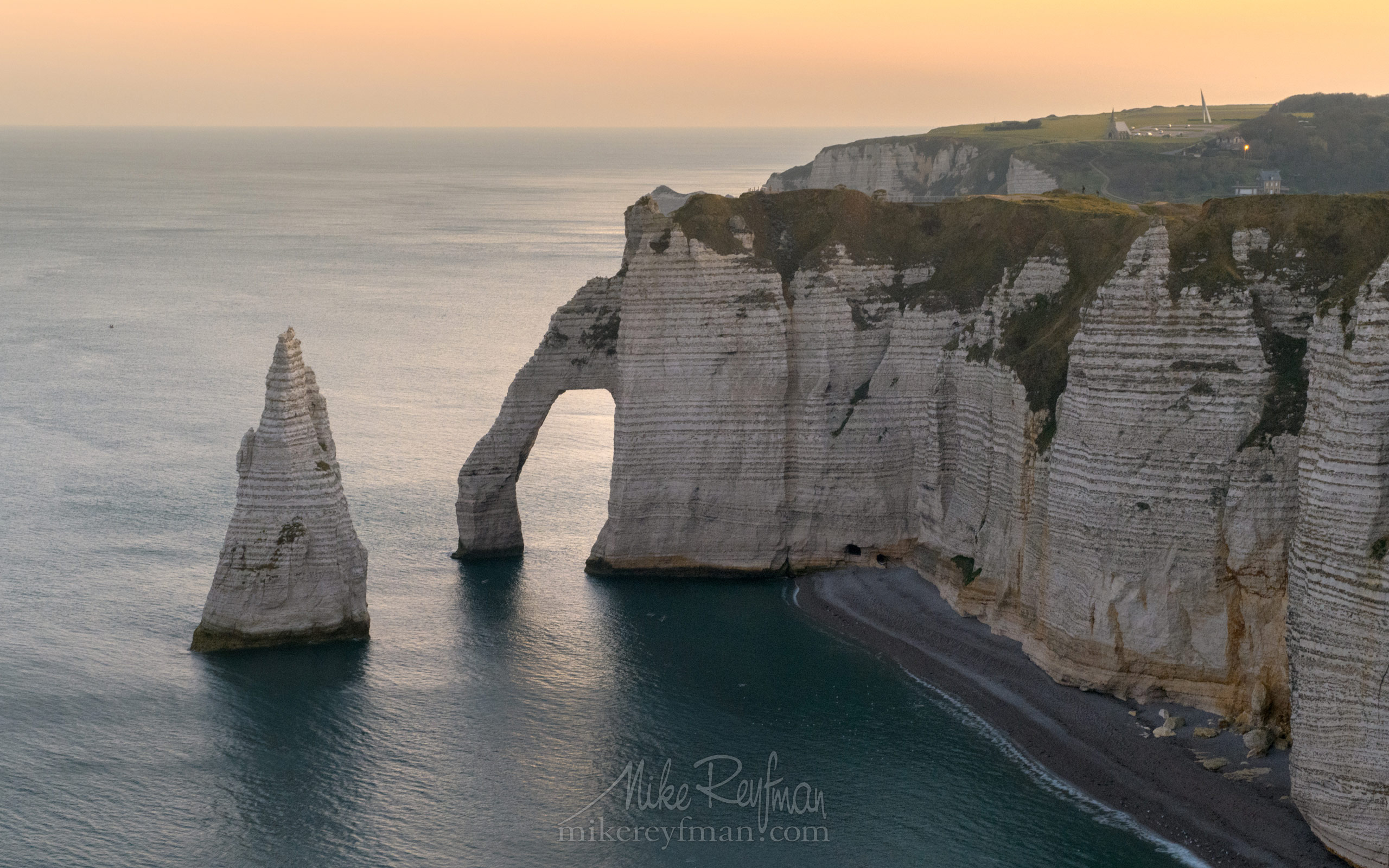 Arch Porte d'Aval and L'Aiguille - the Needle. Cote d'Albatre – The Alabaster Coast. Ertretat, Normandy, France ET1-MR50A0151 - White Chalk Cliffs and Arches of Alabaster Coast. Etretat, Upper Normandy, France - Mike Reyfman Photography