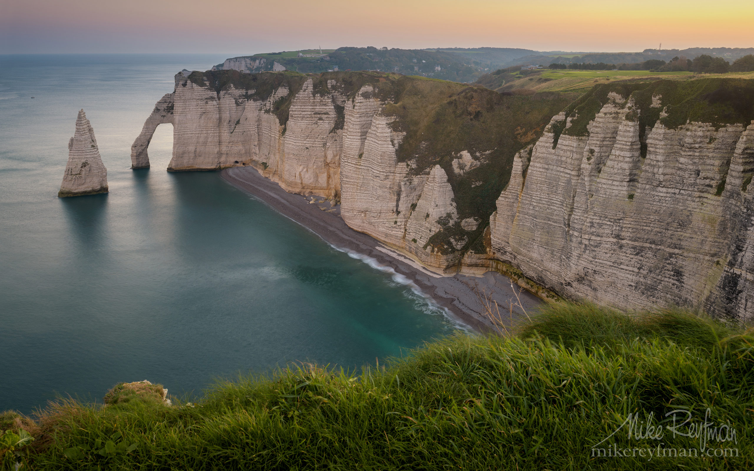 Arch Porte d'Aval and L'Aiguille - the Needle. Cote d'Albatre – The Alabaster Coast. Ertretat, Normandy, France ET1-MR50A0157 - White Chalk Cliffs and Arches of Alabaster Coast. Etretat, Upper Normandy, France - Mike Reyfman Photography