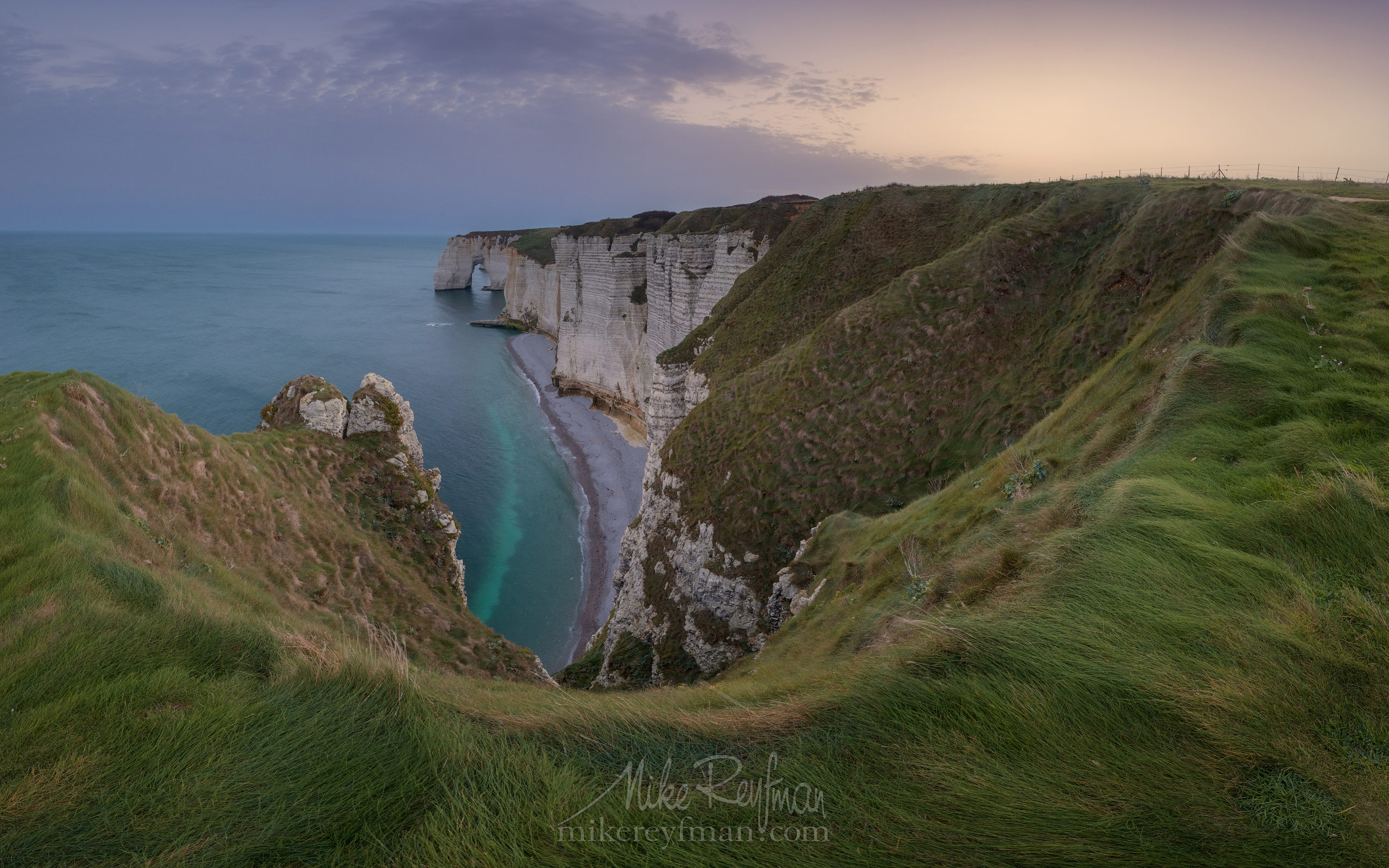 Manneporte Arch. Cote d'Albatre – The Alabaster Coast. Ertretat, Normandy, France ET1-MR50A0382l - White Chalk Cliffs and Arches of Alabaster Coast. Etretat, Upper Normandy, France - Mike Reyfman Photography