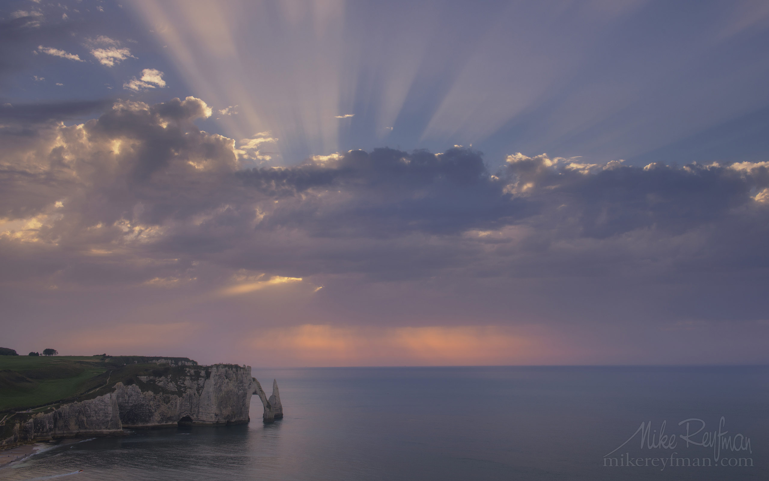Arch Porte d'Aval and L'Aiguille - the Needle at sunset. Cote d'Albatre – The Alabaster Coast. Ertretat, Normandy, France ET1-MR50A0314 - White Chalk Cliffs and Arches of Alabaster Coast. Etretat, Upper Normandy, France - Mike Reyfman Photography